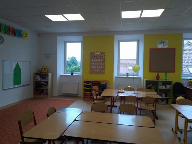 Rekonstrukce vnitřních prostor budovy základní školy 1