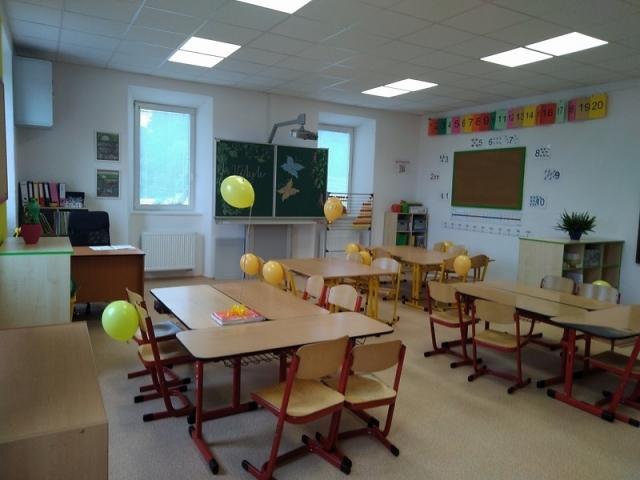 Rekonstrukce vnitřních prostor budovy základní školy 2