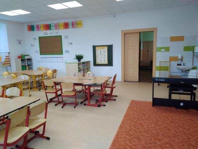 Rekonstrukce vnitřních prostor budovy základní školy 3
